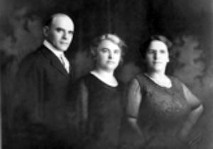 Sam Rubin. Dora Rubin, Ida Rubin